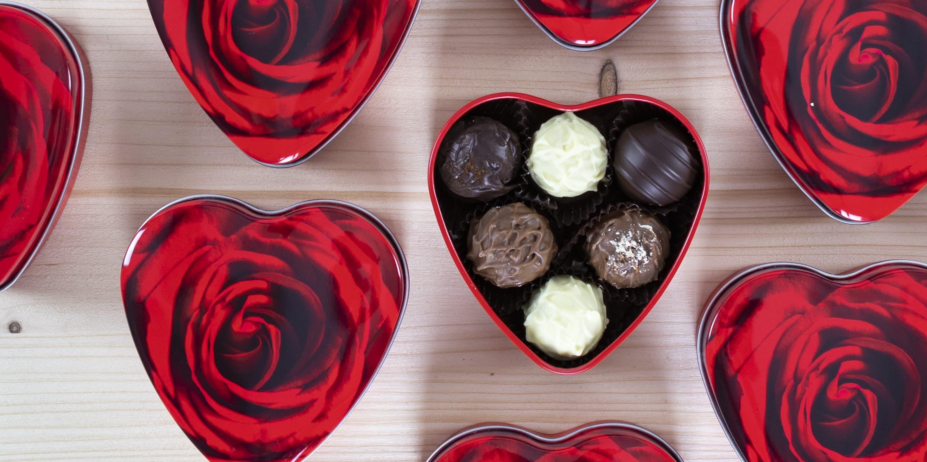 Schenken Sie süße Freuden zum Valentinstag mit Pralinen von DreiMeister!