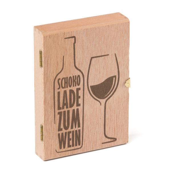 2588_Holzkiste_Schokolade zum Wein_12 Golddublonen_geschlossen