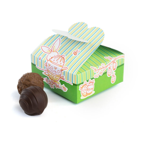 Süße kleine Pappbox mit Ostermotiv und 4 alkoholfreien Trüffeln