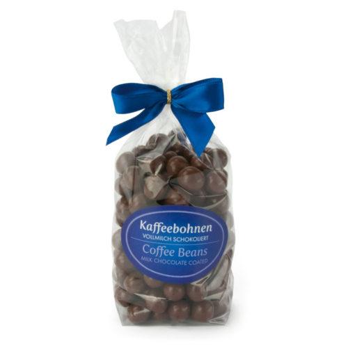 Kaffeebohnen umhüllt von feinster Vollmilchschokolade